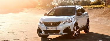 Probamos el Peugeot 3008 Hybrid4, un SUV híbrido enchufable de 300 CV que apuesta por el confort