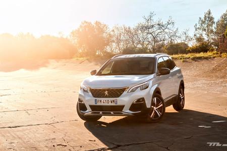 Peugeot 3008 Hybrid4 2020 prueba contacto