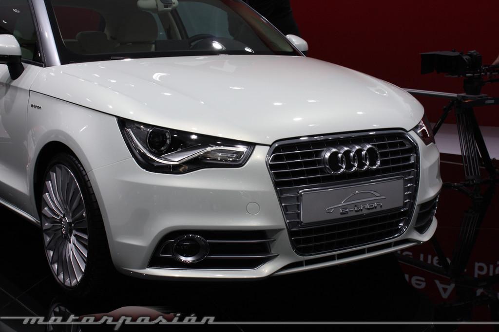 Foto de Audi A1 y A8 híbridos en el Salón de Ginebra (16/18)