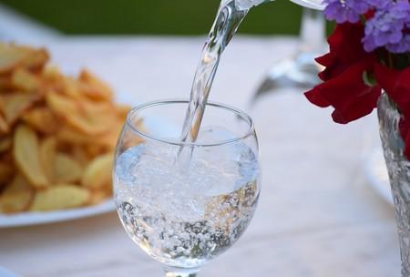 Diferencias Del Agua Mineral Natural Gasificada Mineralizada Que Es Como Se Hace