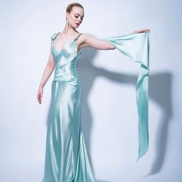 Elle Fanning deslumbra con un vestido Gucci de lo más delicado demostrando que la firma italiana puede ser sencilla y elegante