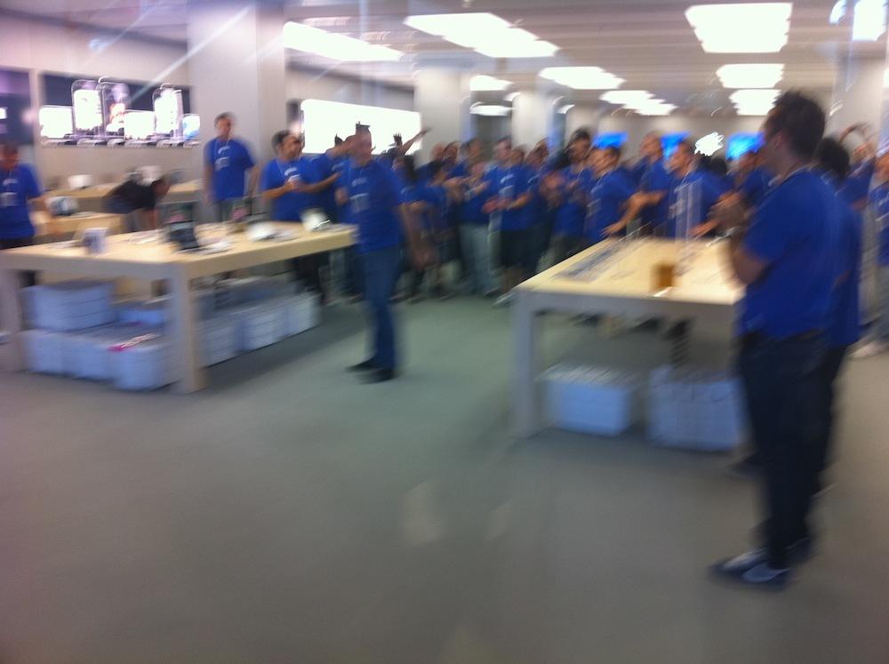 Foto de Inauguración Apple Store La Maquinista (33/93)