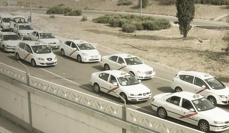 Ya puedes solicitar taxis a través de Uber en Madrid