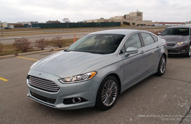 Ford Fusion/Mondeo Hybrid Dearborn 01
