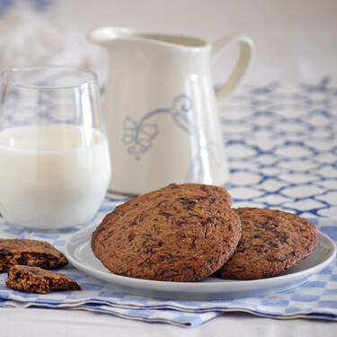 Galletas con chocolate negro: receta de las típicas cookies americanas, pero para chocolateros de verdad