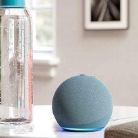 Con las ofertas de primavera de Amazon el Echo Dot de 4º generación vuelve a ser un chollo que cuesta la mitad. Esta semana lo tienes por 29,99 euros