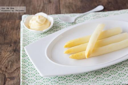 Cómo cocer espárragos blancos en casa: la receta que no falla