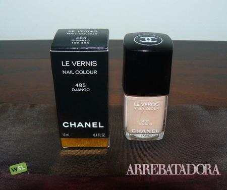 El nude llega a las uñas por Chanel
