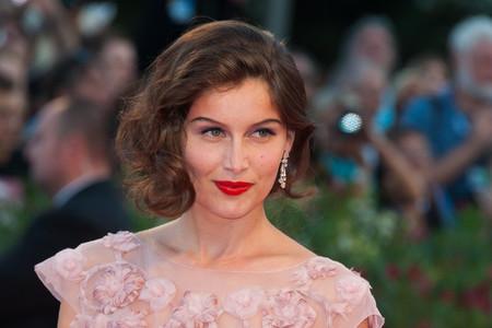 Laetitia Casta, pura elegancia francesa resumida en 10 looks