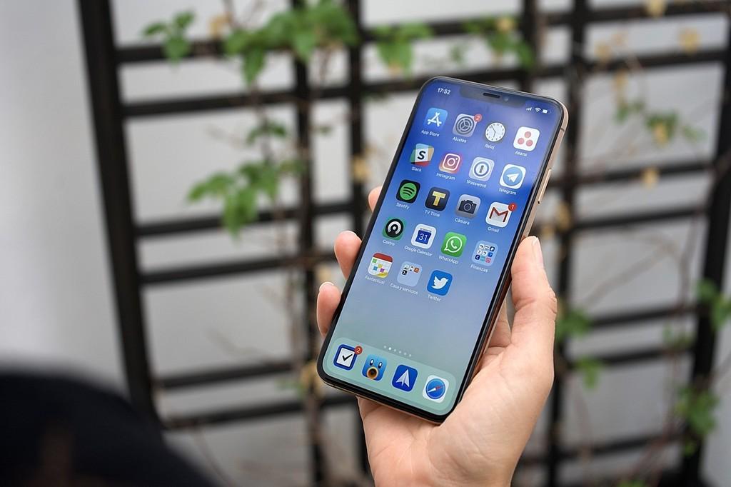 Washington Post: Algunas app de iPhone utilizan sus actualizaciones en segundo plano para enviar datos a terceros