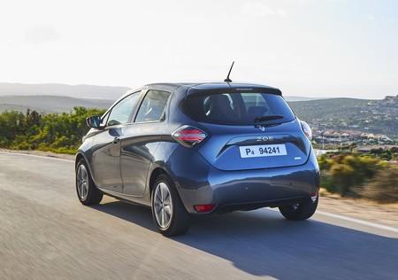 Nissan, Renault y Uber quieren inundar Europa con autos eléctricos