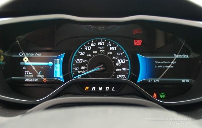 Ford Focus eléctrico toma de contacto en Dearborn (cuadro de instrumentos) 13