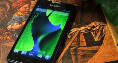 Philips W6618, un smartphone con batería de 5,300 mAh