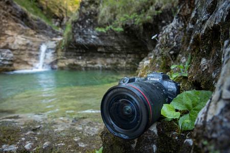 Canon Eos R5 Agua