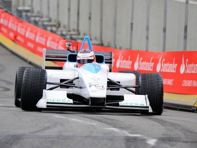 coche de carreras eléctrico formula e