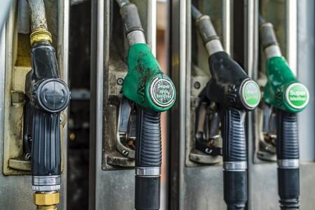 Gas Station 3226494 1920