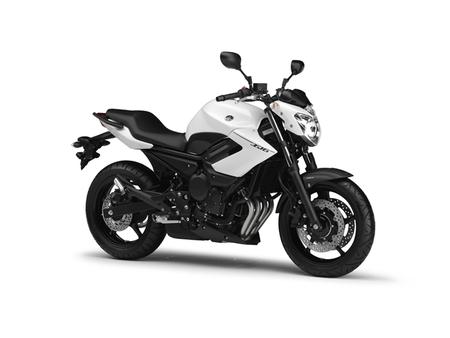 Gama Yamaha XJ6 2013, una ligera renovación estética y seguimos