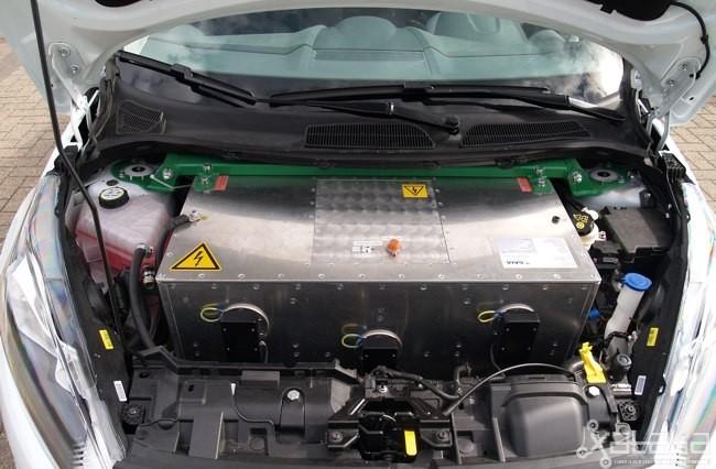 Ford Fiesta eWheelDrive 04