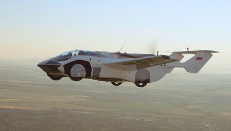 AirCar, el primer coche volador que completa un vuelo interurbano