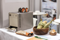 Curiosa máquina para hacer tortillas instantáneas