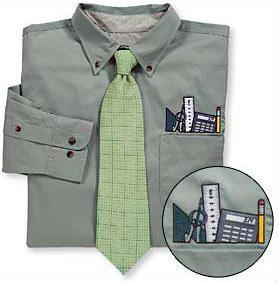Conjunto de camisa y corbata para un geek asumido