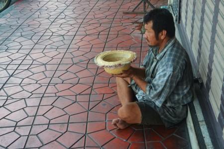 Beggar 1016678 960 720