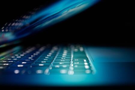 Seguro contra riesgos cibernéticos para empresas y autónomos: qué es, qué amenazas cubre y por qué conviene contratar uno