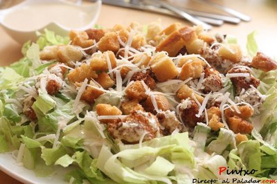Ensalada césar de pollo panko. Receta