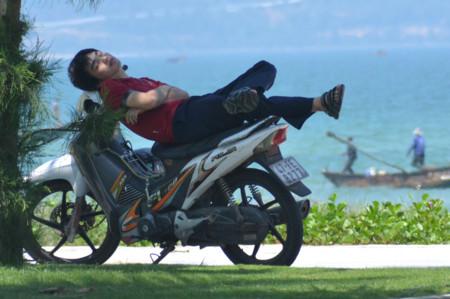 Siesta en moto