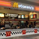 Es más barato usar robots que subir el sueldo mínimo a los empleados de McDonalds, según el ex-CEO