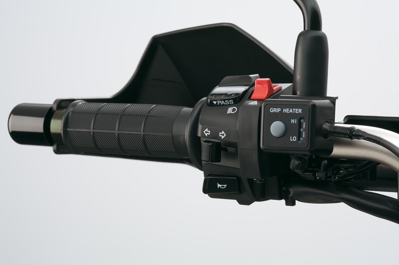 Foto de Suzuki V-Strom 650 2012, fotos de ambiente y accesorios (22/32)