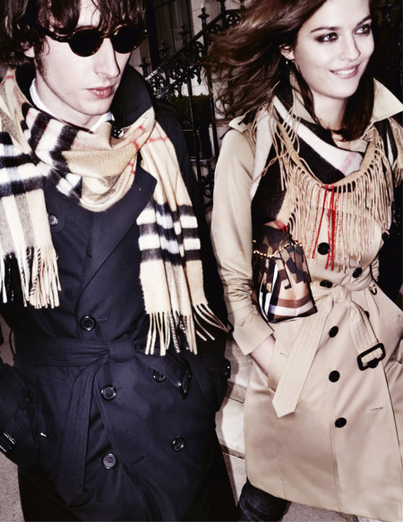 Burberry Autumn Winter 2015 Campaign On Embargo Until Tuesday 23 June 00 01am Bs 003