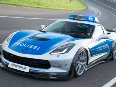 TUNE IT! SAFE! vuelve a la carga en Essen con este Chevrolet Corvette policial
