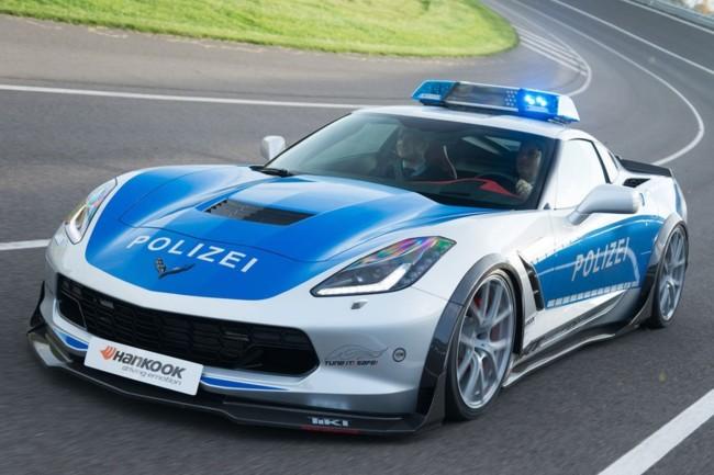 TUNE IT! SAFE! vuelve a la carga en Essen con este Chevrolet Corvette policial