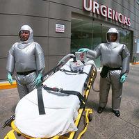 """Este traje contra COVID-19 fue hecho en México y promete un """"ambiente fresco y relajado"""" para los profesionales de la salud"""