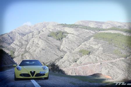 Alfa Romeo 4C Spider 33