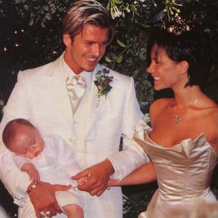 Brooklyn Beckham Aniversario Papas