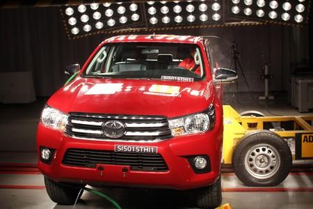 Toyota Hilux prueba de choque