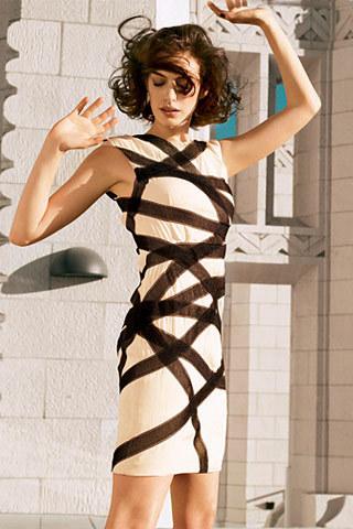 Foto de Anne Hathaway en la portada de Vogue US enero 2009 (2/3)