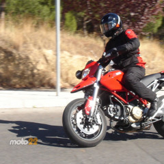 Foto 10 de 13 de la galería prueba-ducati-hypermotard en Motorpasion Moto