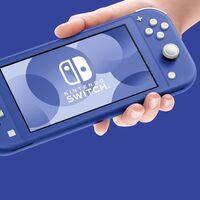 La nueva Nintendo Switch Lite azul, rebajada en el Aniversario de MediaMarkt: llévatela hoy por 30 euros menos