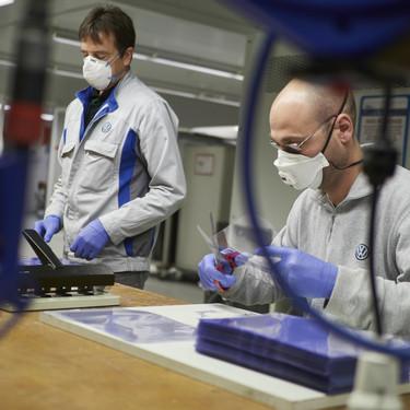 Del equipo Mercedes-Benz de F1 a SEAT: la industria del coche se ha reinventado para luchar contra el coronavirus