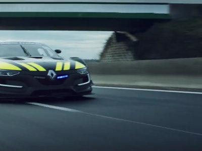 Jean Ragnotti se hace policía al volante de un Renault Sport RS 01 INTERCEPTOR