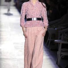 Foto 14 de 61 de la galería chanel-alta-costura-otono-invierno-2012-2013-rosa-gris-brillos-y-nuevo-vintage en Trendencias