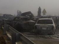 Colisión masiva en Abu Dhabi: 200 coches implicados, 6 muertos y 300 heridos
