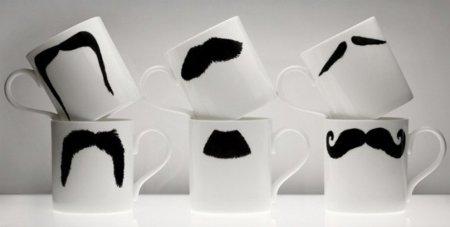 Tazas con bigote para un café con personalidad