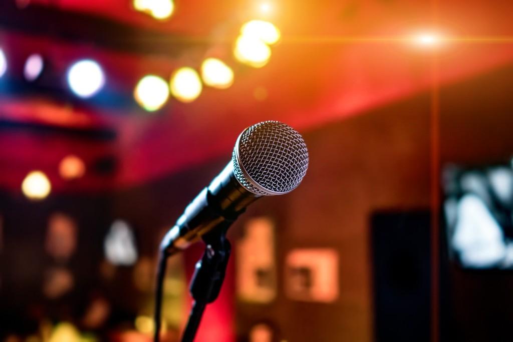Crea gratis desde esta web tus propias canciones de karaoke