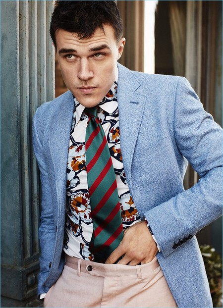 Finn Wittrock 2017 Esquire Photo Shoot 006