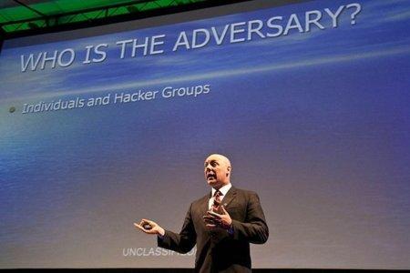 El responsable de cibercriminalidad del FBI propone un 'nuevo internet' de alta seguridad