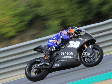 Bradley Smith Motoe Test Jerez